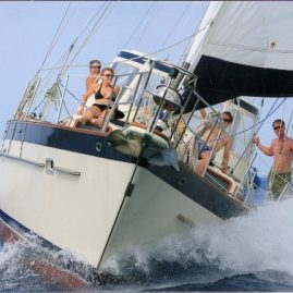 Caribbean Sailing Charters | Speeding along in the Sir Francis Drake Channel (British Virgin Islands)